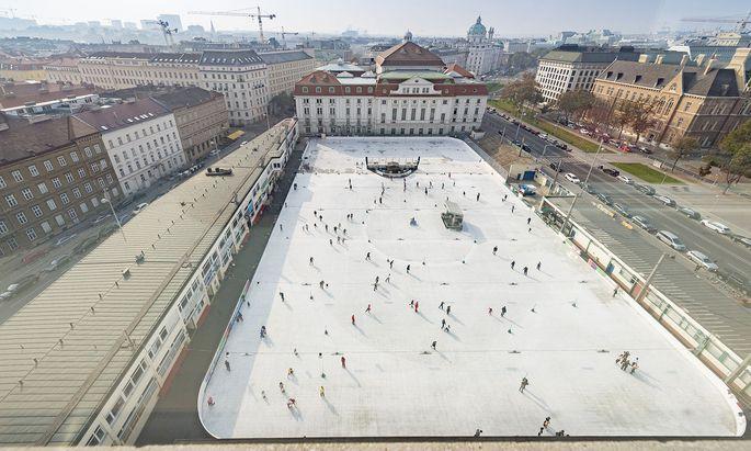 Der Wiener Eislaufverein am Heumarkt profitiert von der Sperre am Eisring Süd.