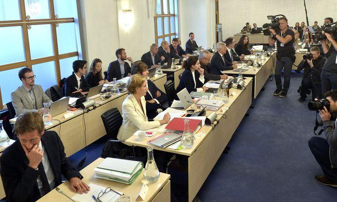 Die Abgeordneten im BVT-U-Ausschuss
