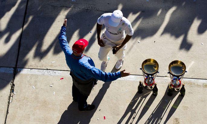 Mit offenen Armen, guten Tipps und eigener Rennfahrersprache: Niki Lauda und Lewis Hamilton hatten ein eigenes Verhältnis.