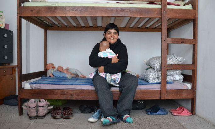 Ihre Eltern gaben Gentuța weg, sie lebte in Heimen und auf der Straße. Bei Concordia hat sie nun eine Heimat gefunden.