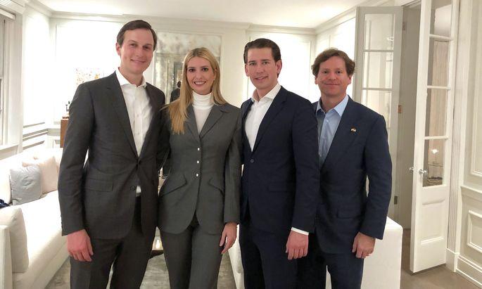 Bundeskanzler Sebastian Kurz (ÖVP/3.v.l.) mit Ivanka Trump, ihrem Ehemann Jared Kushner (l.) und US-Botschafter Trevor Traina.