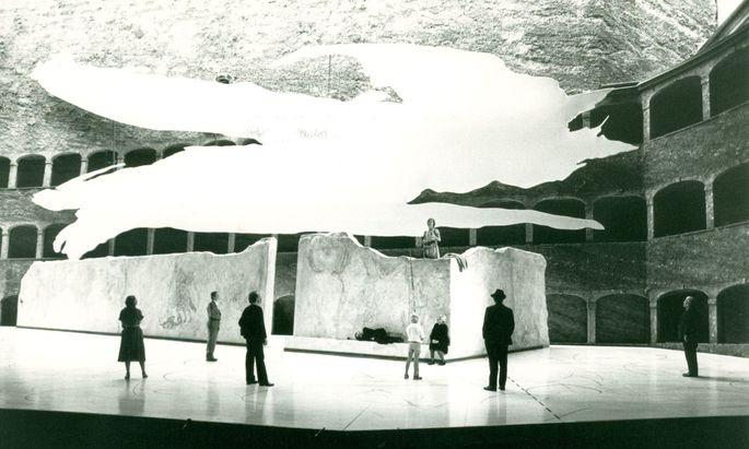 Ein Stück mit Heilsbotschaft: ´Über die Dörfer´ bei den Salzburger Festspielen 2011