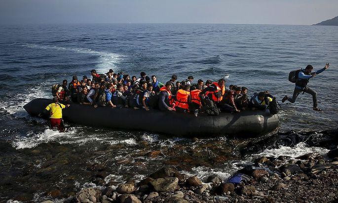 Vor dem Deal mit der Türkei: Ankunft von Flüchtlingen auf der griechischen Insel Lesbos 2015