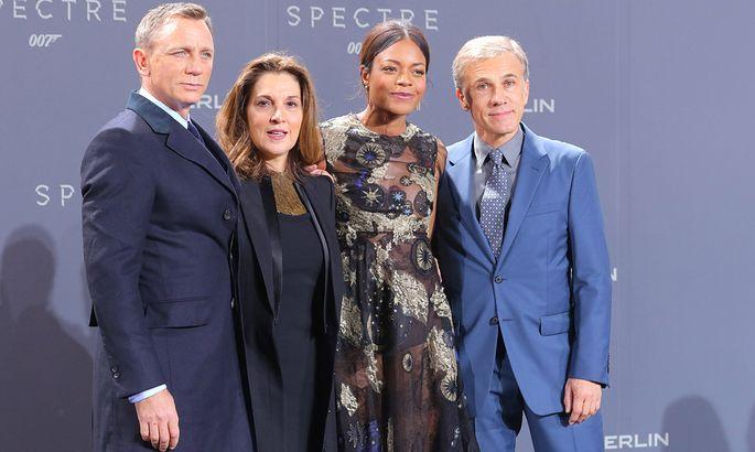 Film James Bond 28.10.2015 Schauspieler Daniel Wroughton Craig + Filmproduzentin Barbara Broccoli + Naomie Melanie Harri