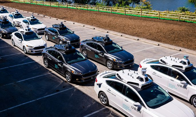 Der US-Konzern Uber setzt auch auf selbstfahrende Autos. Dort gibt es mehr Fortschritte als bei der Fahrdienstvermittlung, die der EuGH nun in die Schranken wies.