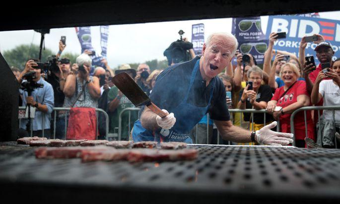 Joe Biden, hier beim Barbecue in Iowa, könnte in Teufels Küche geraten.