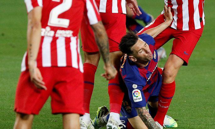 Lionel Messi wurde von Ateletico Madrid ordentlich in die Zange genommen, getroffen hat er trotzdem