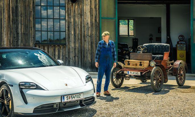 Zwei Elektriker: Procter, Jahrgang 1902, Amerikaner, trifft Porsche Taycan, frisch aus Zuffenhausen.