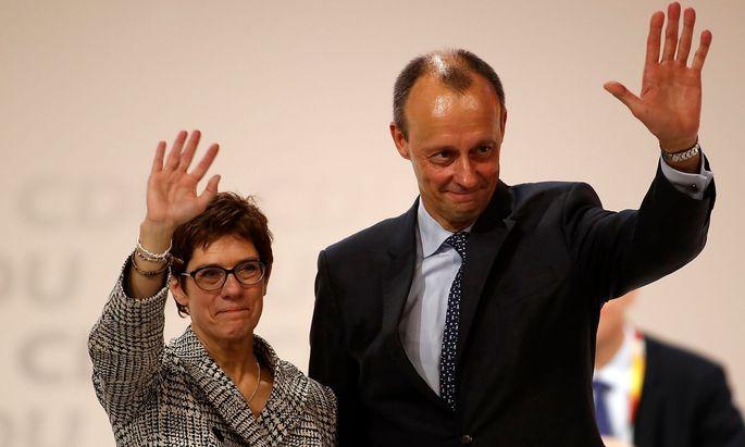 Vor einem Jahr besiegte Annegret Kramp-Karrenbauer Friedrich Merz bei der Wahl zum CDU-Parteichef.