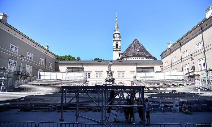 Die 'Jedermann'-Bühne ist aufgebaut, bei anderen Aufführungen gibt es Änderungen.