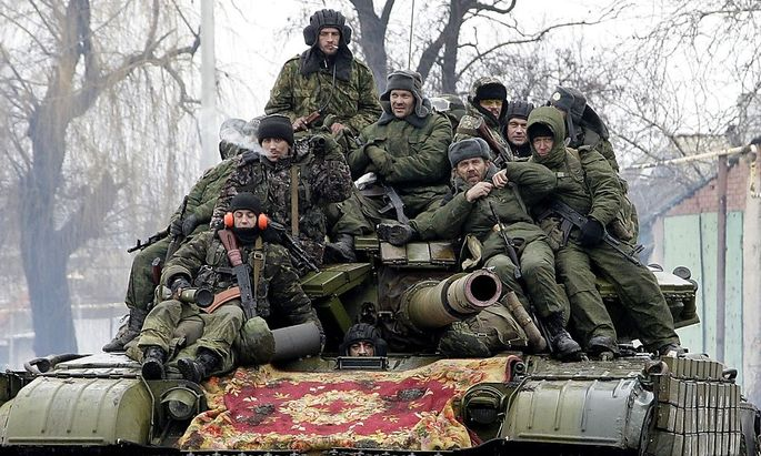 Prorussische Aufständische rücken bei Donezk vor.