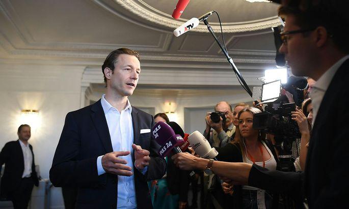 """Gernot Blümel will """"die falschen Vorwürfe widerlegen""""."""