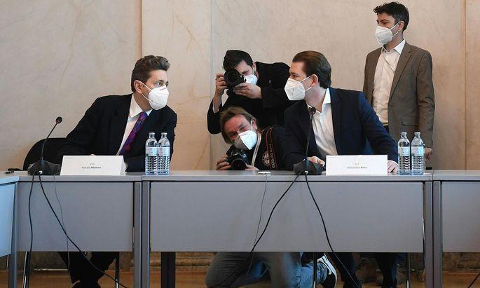 Wirtschaftskammer-Präsident Harald Mahrer (l.) und Bundeskanzler Sebastian Kurz am Freitag beim Treffen in Wien.