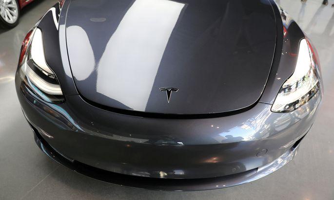 Teslas Model 3 wird zunehmend vom Hoffnungs- zum Sorgenkind.