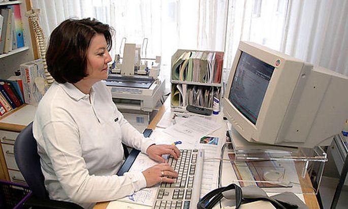 Die Software viele Arztpraxen hat eine geheime Hintertür zur Datenweitergabe