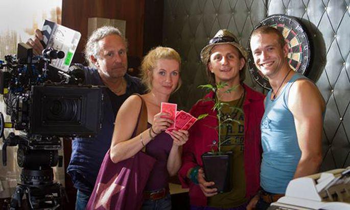 V.l.n.r.: Regisseur Michi Riebl, Cornelia Gröschel, Sebastian Wendelin, Michael Steinocher