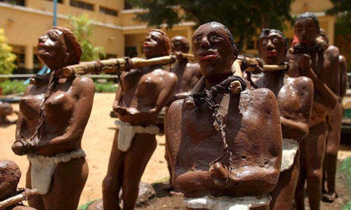 Senegalese sculpture by Lamine Barro depicting a slavery scene