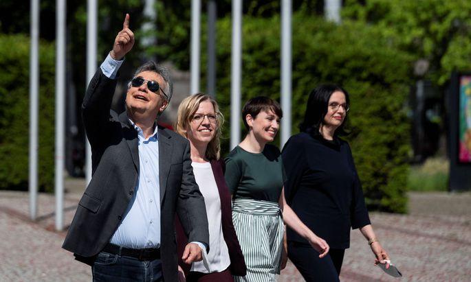 Verteidigten die türkis-grüne Koalition vor 252 Delegierten: Werner Kogler, Leonore Gewessler, Sigrid Maurer und Andrea Mayer.