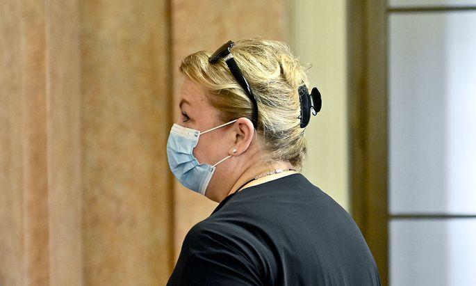 Ex-Gesundheitsministerin Beate Hartinger-Klein (FPÖ) sagte als Zeugin aus.