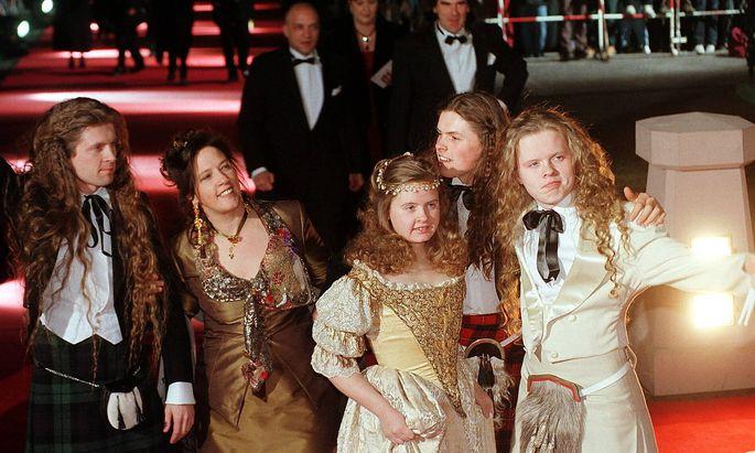 27/ Goldene Kamera 98: Kelly Family, John, Kathy, Barby, Paddy, Angelo, Pop, Musiker, Musik, *** 27 Golden Camera 98 Kel