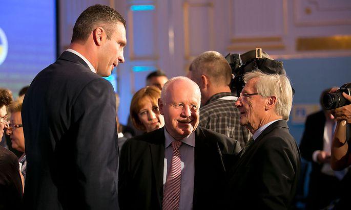 Kiews Bürgermeister Vitali Klitschko, Sachsens Ex-Ministerpräsident Georg Milbradt und Österreichs ehemaliger Kanzler Wolfgang Schüssel