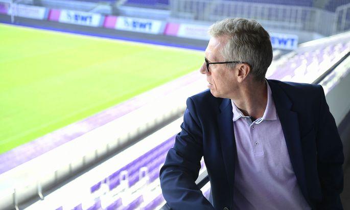Kader und Finanzen fordern Peter Stöger.