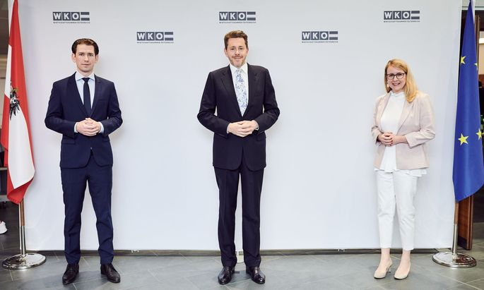 Kanzler Sebastian Kurz, WKÖ-Präsident Harald Mahrer und Wirtschaftsministerin Margarete Schramböck