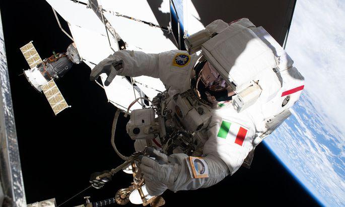 Ins All zu fliegen ist der Traum vieler Menschen. Für ein paar kann er mit der aktuellen ESA-Ausschreibung Wirklichkeit werden.