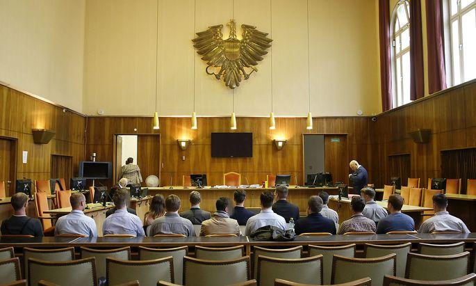 PROZESS GEGEN MITGLIEDER DER IDENTITAeTEN BEWEGUNG OeSTERREICH (IBOe) IN GRAZ