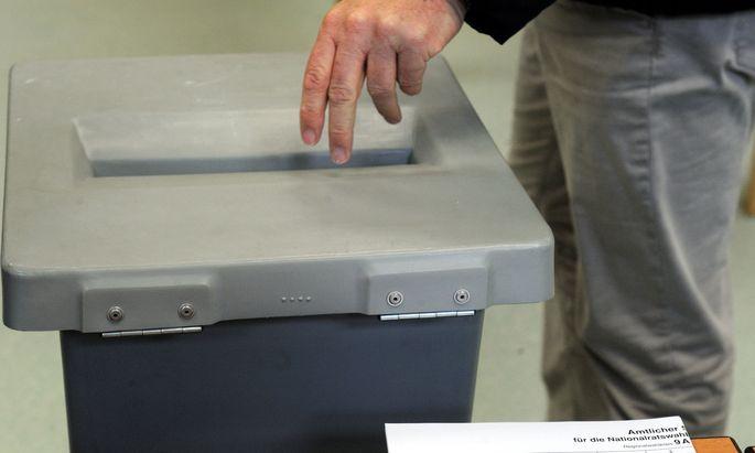 Symbolbild: Wahlurne.