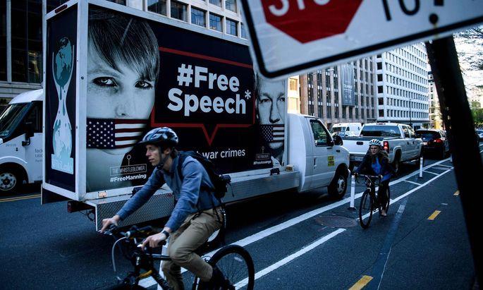 Sowohl Chelsea Manning als auch Julian Assange befinden sich zur Zeit in Haft.