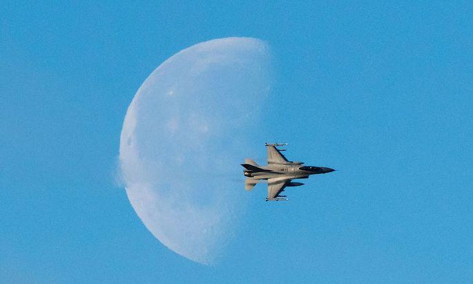 Symbolbild: F-16, diesfalls der NorwegerNORWAY-NATO-DEFENCE-EXERCISE-TRIDENT-JUNCTURE