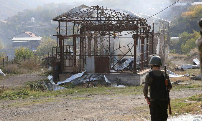 Krieg in Berg-Karabach: Erneute Waffenruhe zwischen Armenien und Aserbaidschan