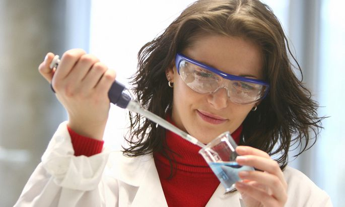 FHOOe Wels - Laboruntersuchungen