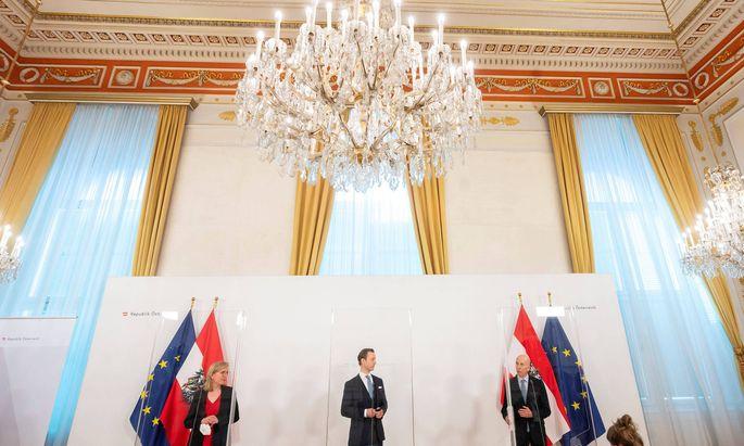 Wenig konkretes Auftakttreffen der Minister Gewessler, Blümel und Kocher (v.l.) zum Comeback-Plan.