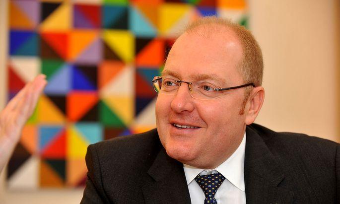 OeKB-Chef Helmut Bernkopf hält es für möglich, dass die staatlichen Exportgarantien aufgestockt werden.