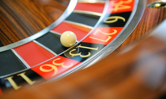 Nichts geht mehr, der Casinos-Aufsichtsrat legt die Zahl der zu kündigenden Mitarbeiter auf rund 350 fest.