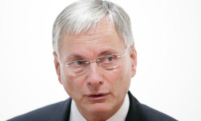 Alois Stöger: Zuerst Gesundheit, dann Verkehr, bald Soziales.