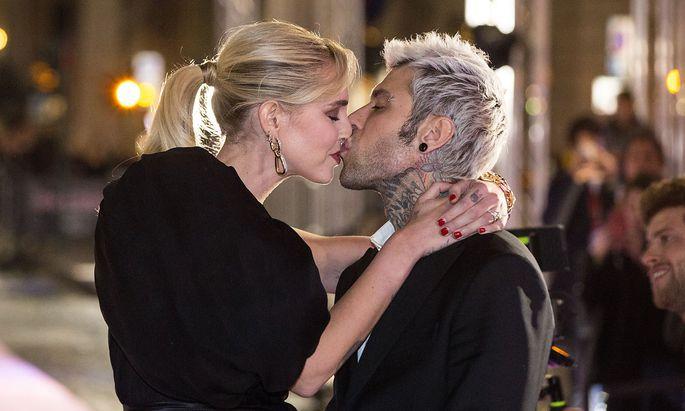 Die Modeunternehmerin Chiara Ferragni und ihr Mann, der Musiker Fedez.