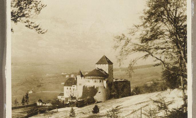 Schloss Vaduz um 1921. Aus dem Fotoalbum von Maria Theresia von Braganza.