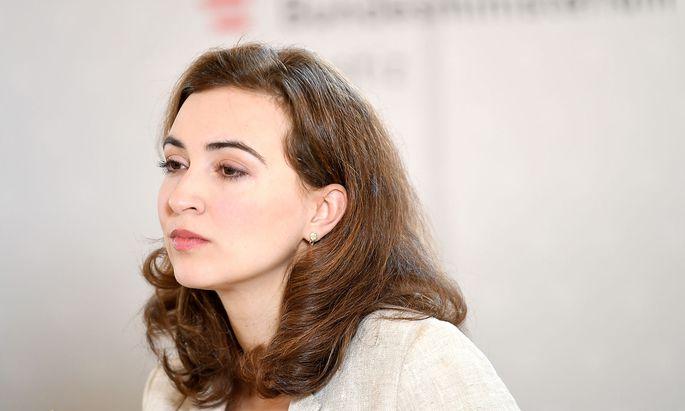 Alma Zadic will der Justiz mehr Bürgernähe verleihen.