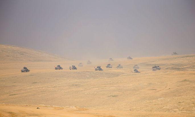 Spezialeinheiten bei ihrem Vormasch südlich von Mossul.