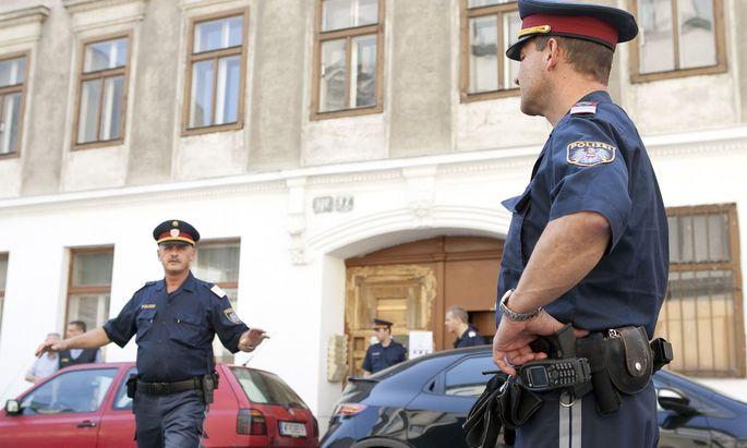 24. Mai 2009: Eine Schießerei mit mehreren Verletzten ereignete sich am Sonntag, 24. Mai 2009, in einem indischen Tempel in Wien-Rudolfsheim-Fuenfhaus.