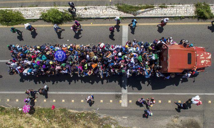 7000 Migranten aus Honduras haben sich auf den Weg in die USA gemacht. Am Dienstag hielten sie sich im mexikanischen Bundesstaat Chiapas auf.