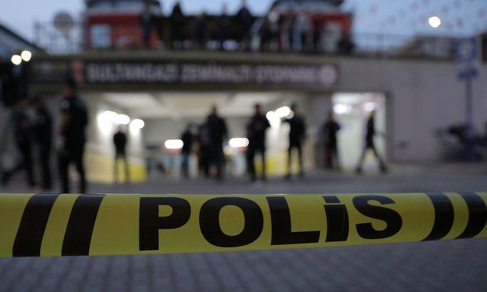 Ein abgesperrter Parkplatz in Istanbul, aufgenommen am Montag