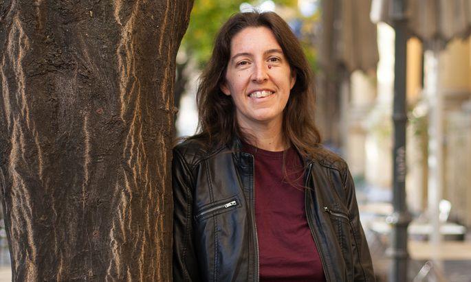 Akribie. Birgit Pack widmet sich seit einem Jahr intensiv ihren Forschungen.