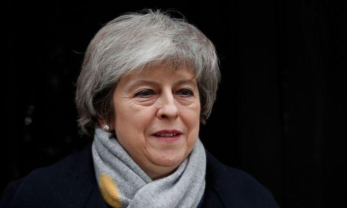Theresa May hat in diesen endlosen Brexit-Monaten des Missvergnügens eine erstaunliche Standfestigkeit gezeigt.