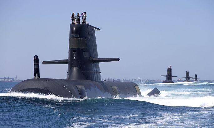 Multi-Submarine PHOTEX