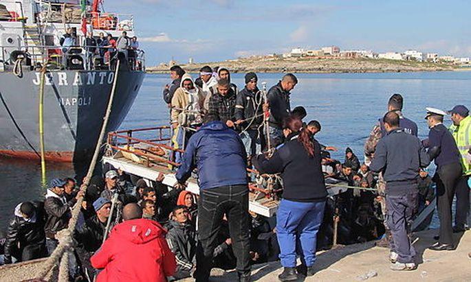 Lampedusa Migranten Sizilien