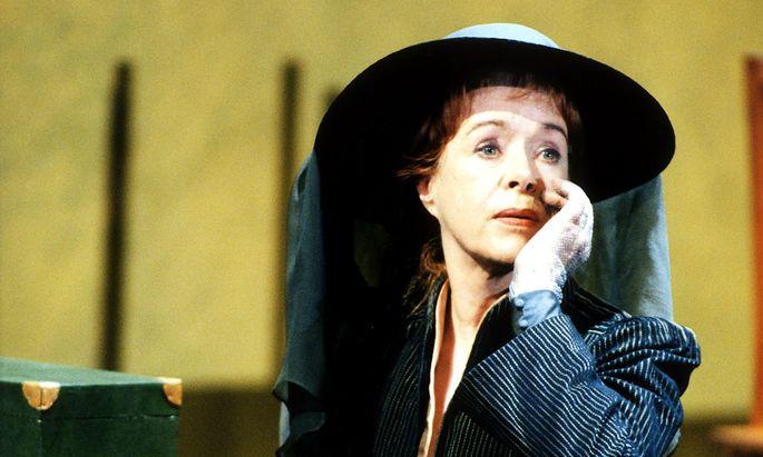 "Goethes ""Stella"": Jutta Lampe spielte Cäcilie in dieser Menage-à-trois (Regie: Andrea Breth)."